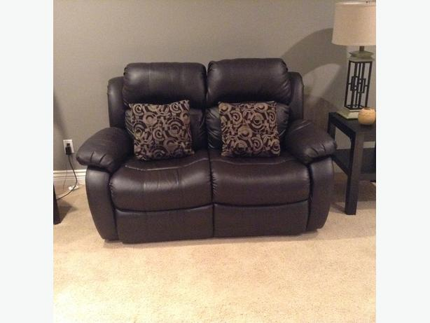 2 piece sofa and love seat