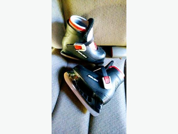 Young Kids Bauer Skates