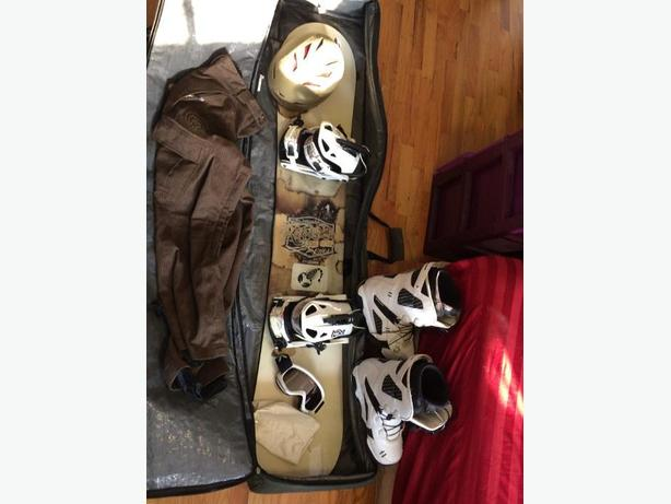 157 Rossignol the one snowboard, boots, bindings, bag, pants