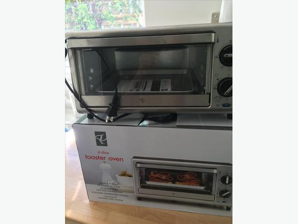 New 4slice Toaster Oven