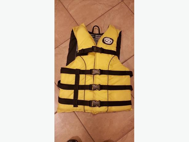 Stearn's Adult Life Vest