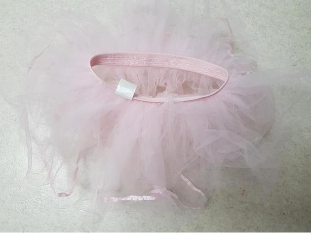 Girls pink tutu
