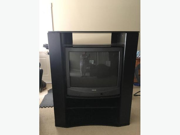 FREE: tv and stand