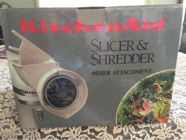 Kitchen Aid Slicer & Shredder   Mixer Attachment