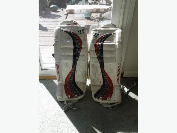 "Youth, Warrior ""Swagger"" hockey goalie leg pads."
