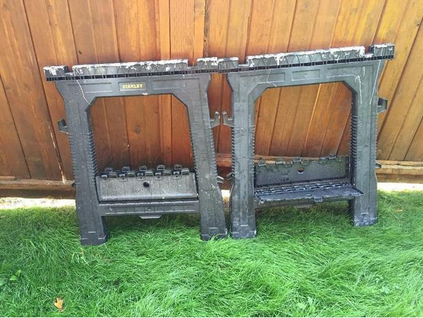 FREE: stanley folding sawhorses