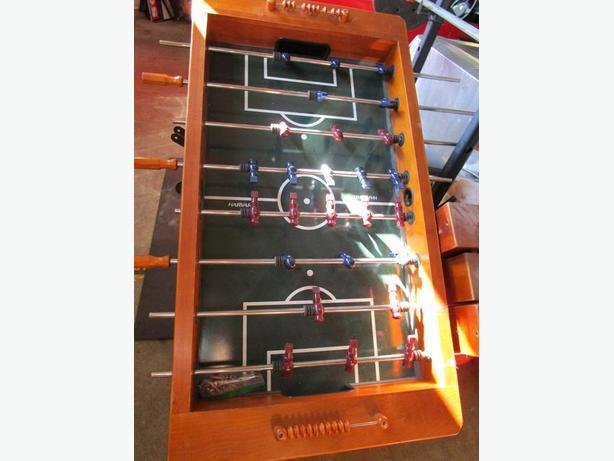 FREE: FOOSBALL TABLE