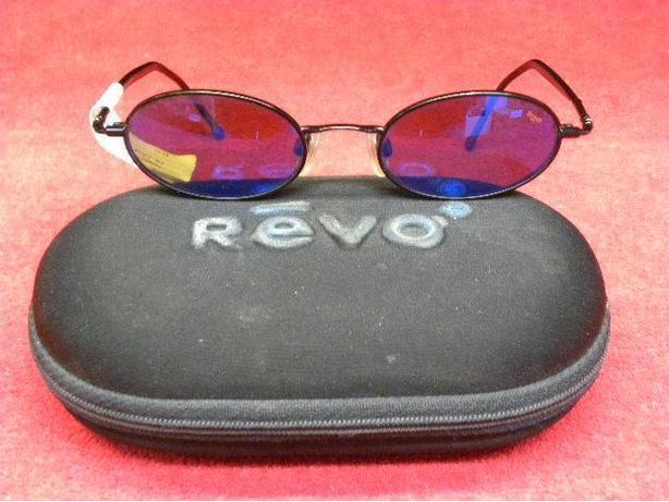 Revo h2o blue mirror black sun glasses in case