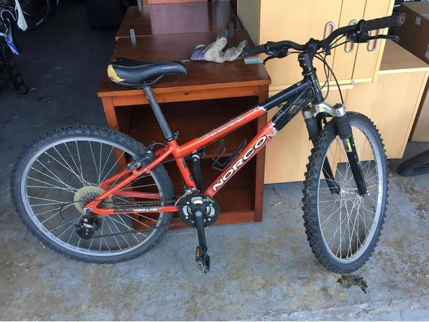 Norco Scrambler Boys Mountain Bike (RED)