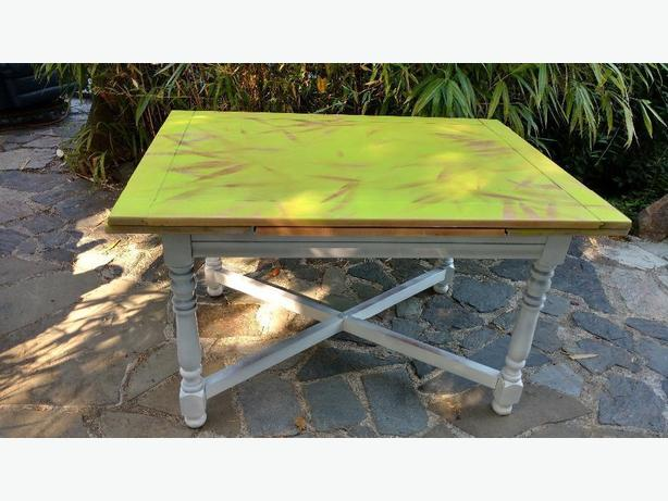 Lime and white table