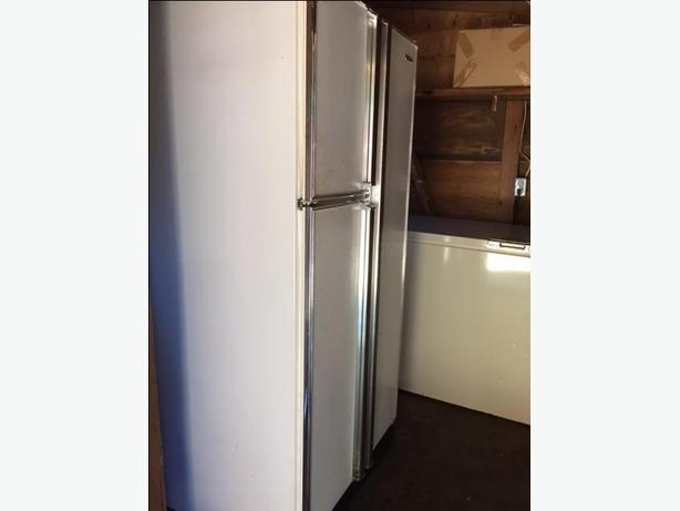 Side by Side fridge/freezer 10 years old