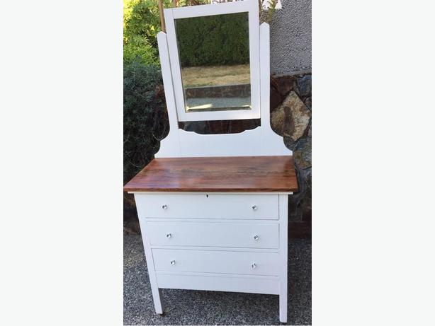White Antique Dresser with Mirror