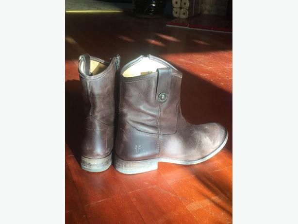 Frye Melissa Brown Boots