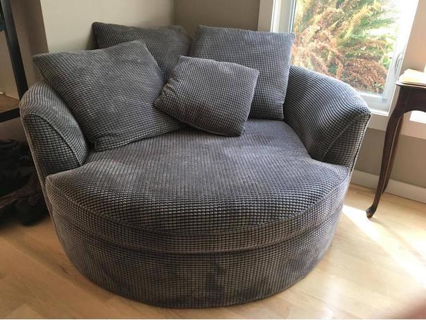 Big, Round Cuddle Chair