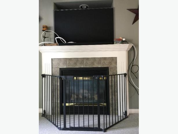 metal fireplace gate like new