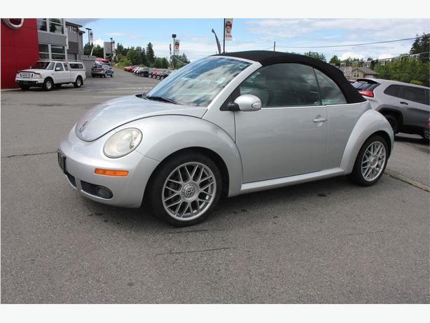 2006 Volkswagen New Beetle Base