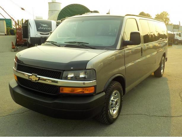 2011 Chevrolet Express LT 3500 Extended 11 Passenger Van