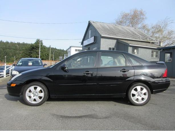 2001 Ford Focus ZTS- ON SALE - NO ACCIDENTS - 3 MONTH 3000KM INCLUDED -