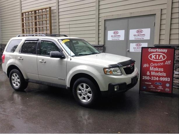 2008 Mazda Tribute V6 4wd **$300.00 Gas Card included**