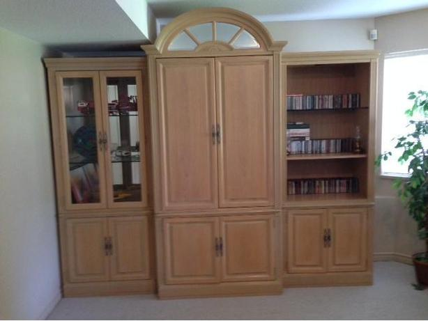 Bernhardt 4 piece wall unit with entertainment center..solid wood ...