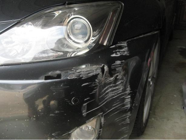 BUMPER REPAIR / DAMAGED BUMPER / Scratch, Dent Or Hole... We Can Fix !