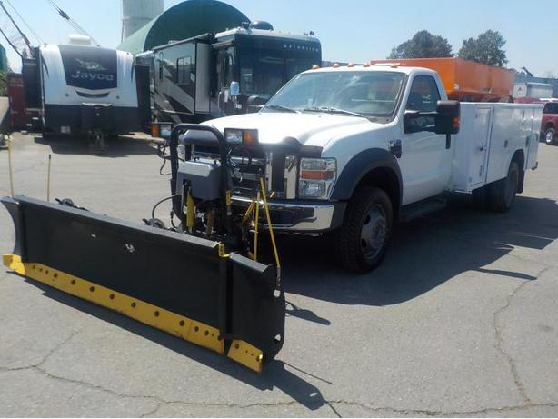2009 Ford F-550 Diesel Regular Cab 4WD With Plow And Salt Spreader