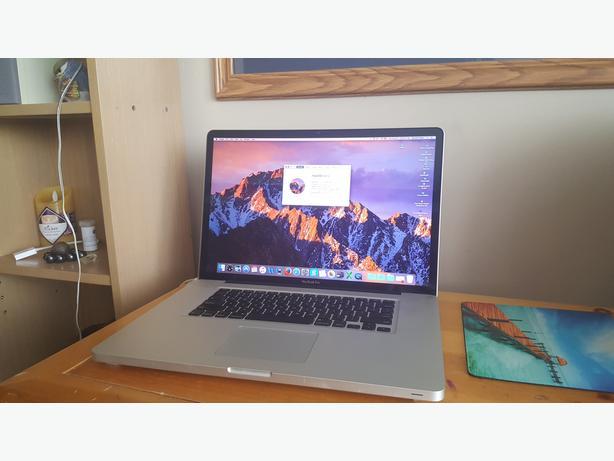 Macbook Pro 17 inch Mid 2010