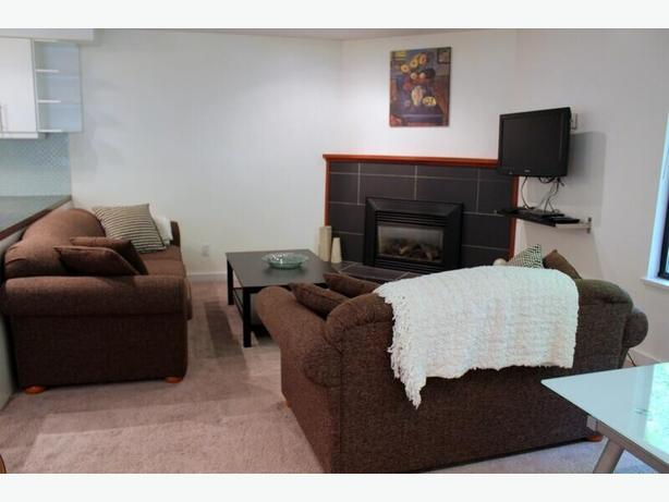 Newly Renovated Top Floor 2 Bedroom - Furnished in Kitsilano #491