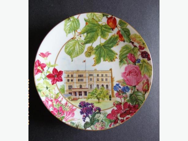 Commemorative Queen Mother 90th Birthday Plates