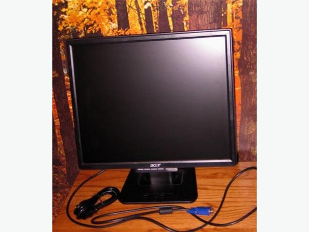"17"" ACER LCD Monitor"