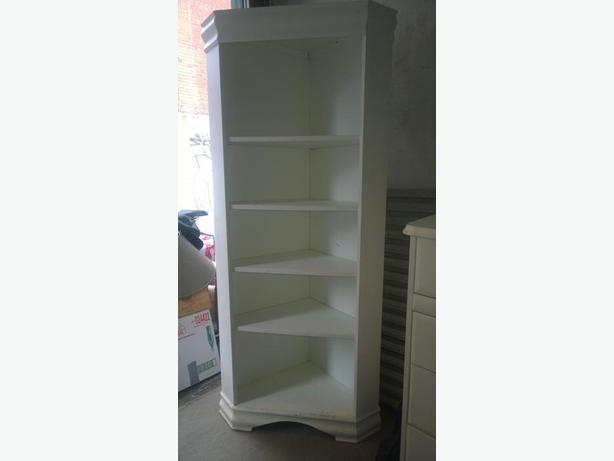 Corner Bookshelf by designer Morigeau Lepine.