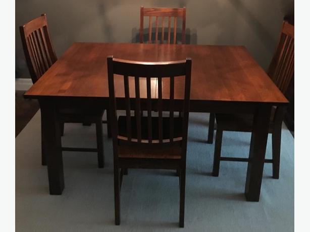 FS:Custom Quarter-Sawn Oak Dining Table w 4 Chairs