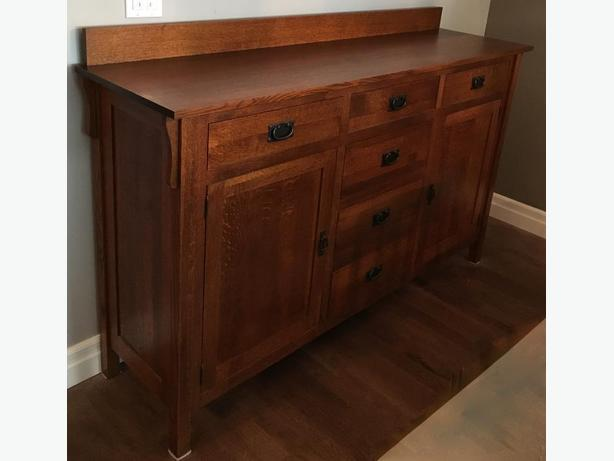FS: Solid Quarter Sawn Oak Dining Buffet/Sideboard