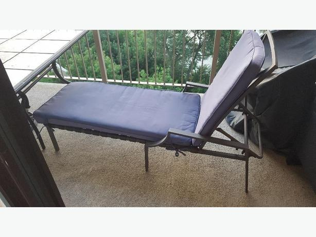 *Must Sell* lounger chair