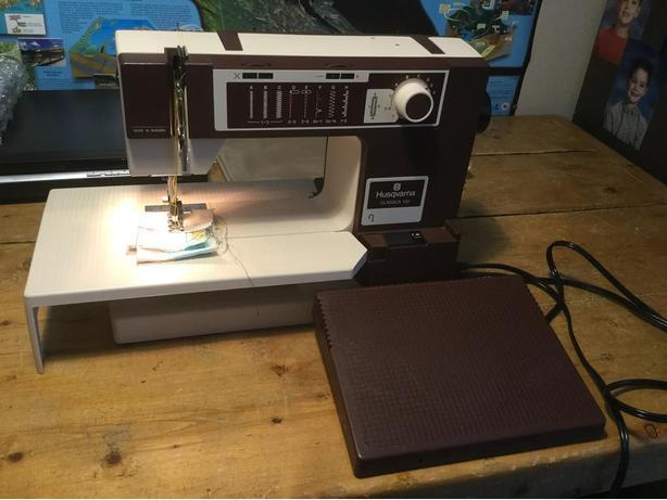 HUSQVARNA Classica 40 Sewing Machine North Nanaimo Nanaimo Inspiration Husqvarna Sewing Machines Calgary
