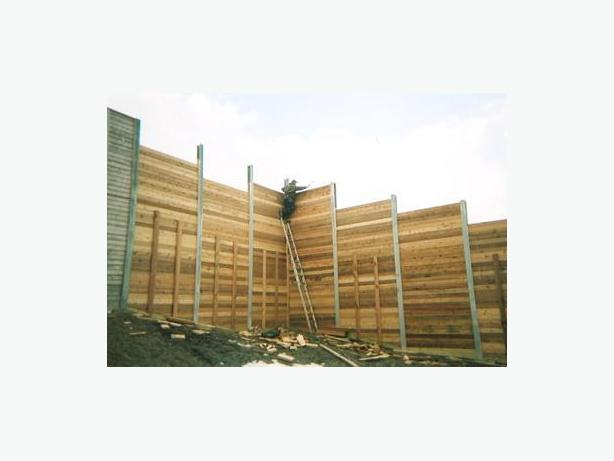 Troubled with the excessive noise? Acoustic barrier fencing is the solution.