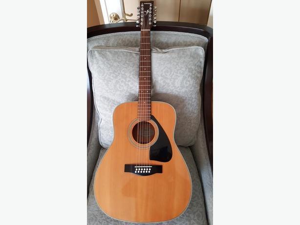 Yamaha FG-420-12 12 String Acoustic Guitar