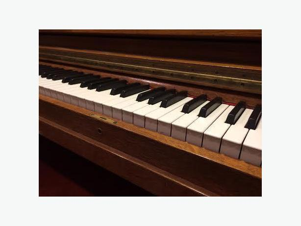 Piano, Guitar, Ukelele or Theory Lessons **ONLINE or HYBRID plans at this time