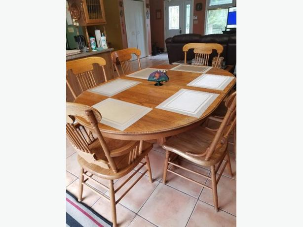 Solid oak wood dining room set