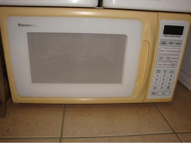 Panasonic microwave in working condition.$20
