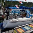 34 foot Catalina Sloop sailboat ocean cruiser