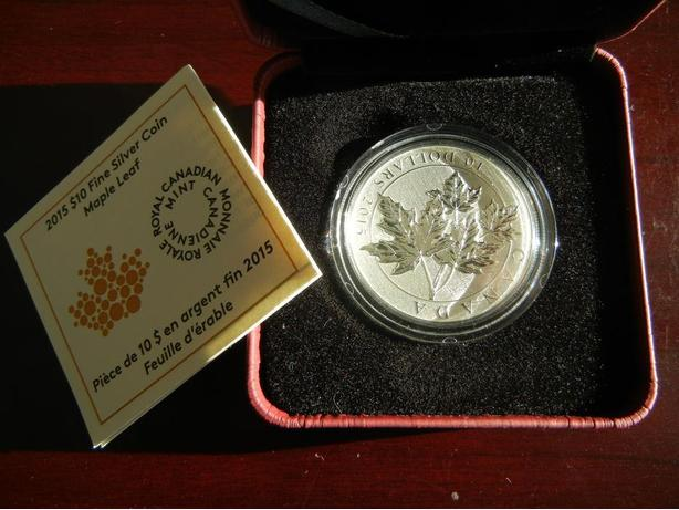 2015 Fine Silver Maple Leaf Coin