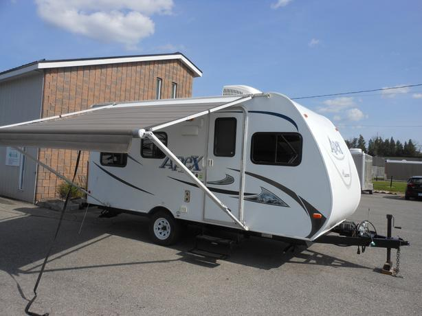 2014 Coachmen Apex 18BH Travel Trailer