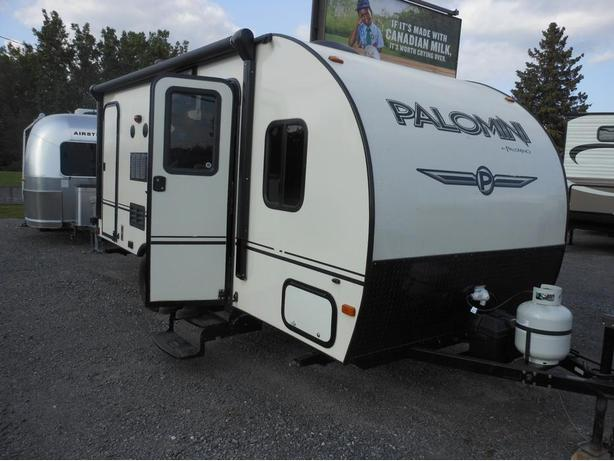 2015 Palomino Palomini 179BHS Travel Trailer