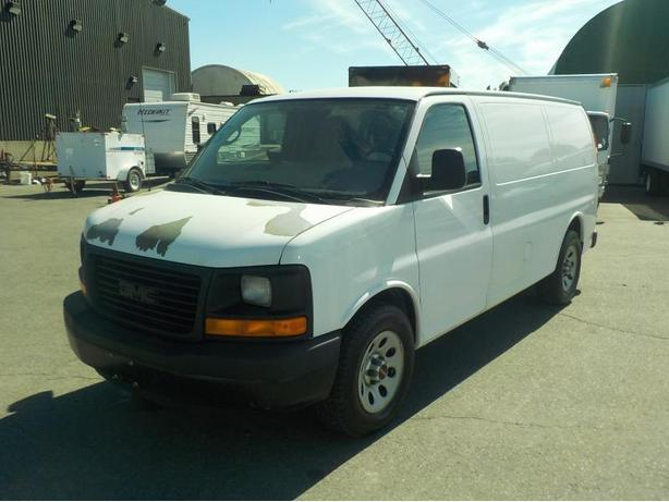 2010 GMC Savana 1500 Cargo Van w/ Rear Shelving