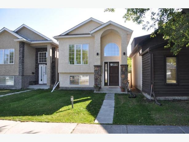493 Parkview Street -Professionally Marketed by Judy Lindsay Team