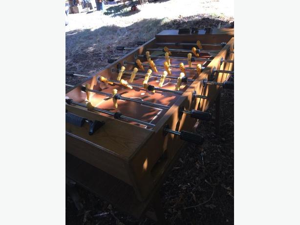 professional grade solid wood fooseball table