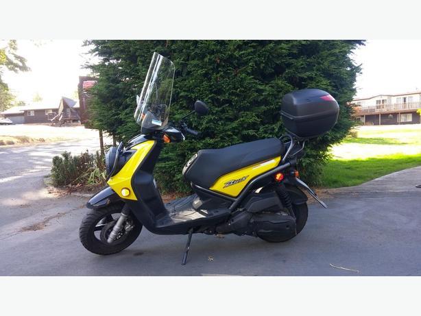 BWS 125cc Scooter