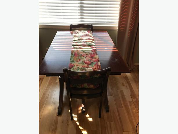 Antique dining room table 6 chairs - $175 OBO