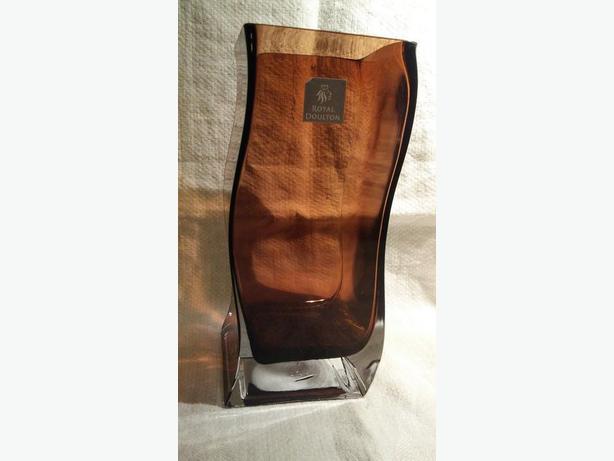 Royal Doulton Studio Art Glass Wave Vase Interesting colour